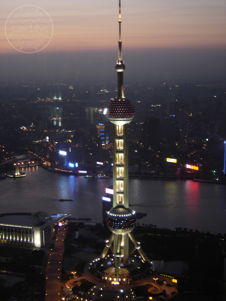 pearl tower shanghai at night